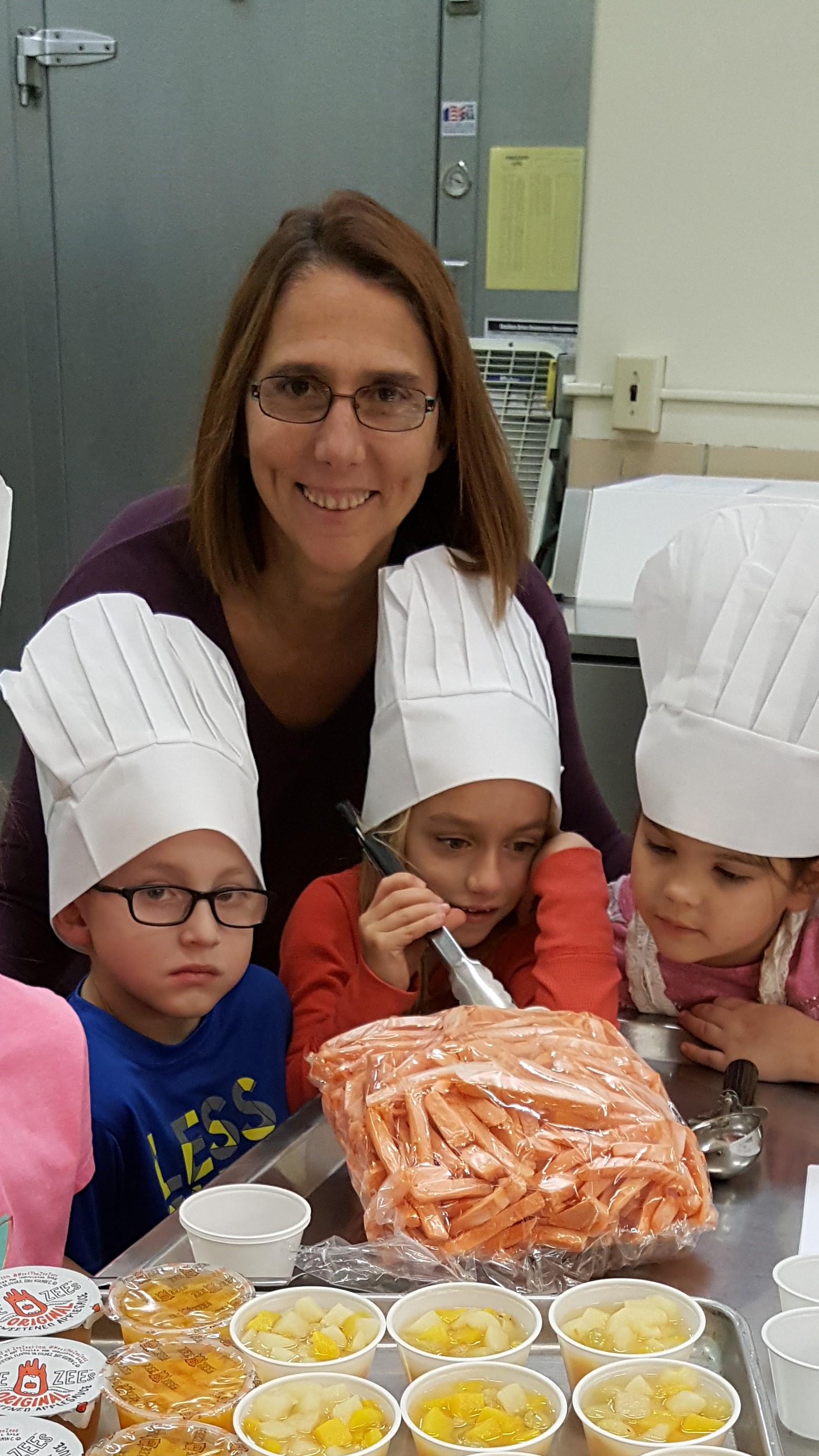 Natalie Winkle with tot chef class
